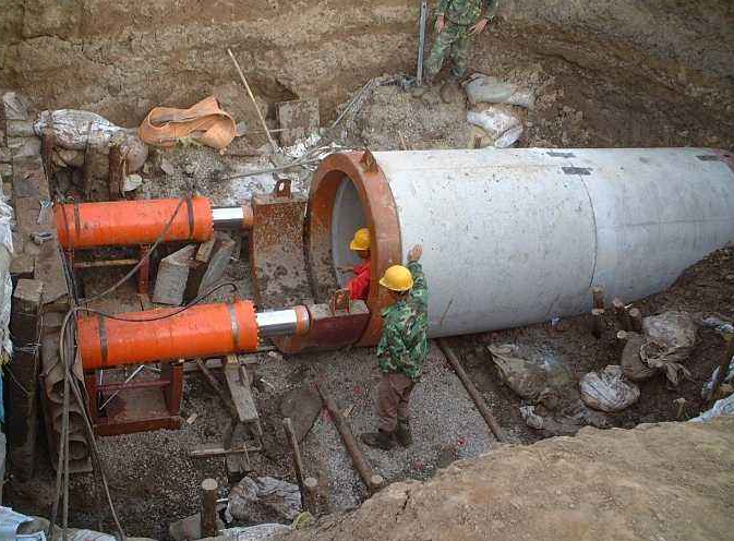 襄阳顶管施工技术如何控制钻进泥浆排量