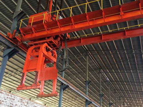 新款導向式卸磚機、卸垛機、夾磚機