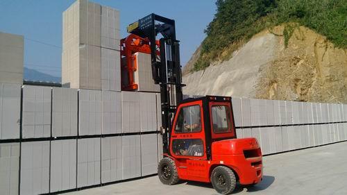 加氣混凝土砌塊(空翻)夾磚機