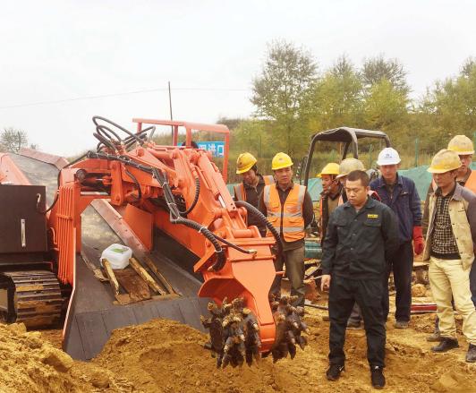 銑挖扒渣一體機,履帶式銑挖機