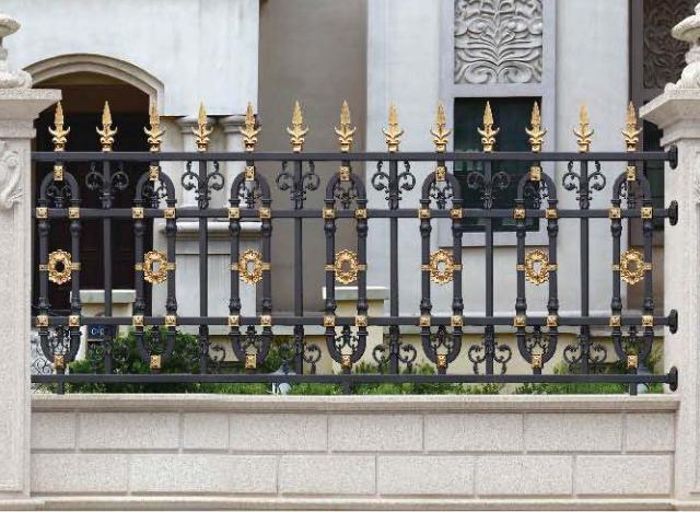 襄阳铁艺护栏和铝艺护栏两者有什么不同点