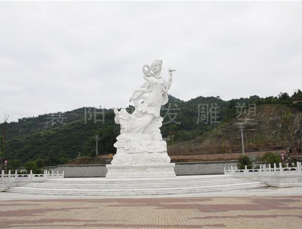 湖北竹山主题广场雕塑