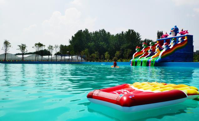 大型水上乐园