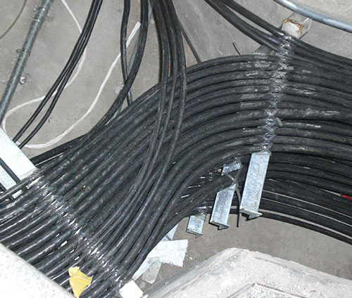 电缆铺设安装
