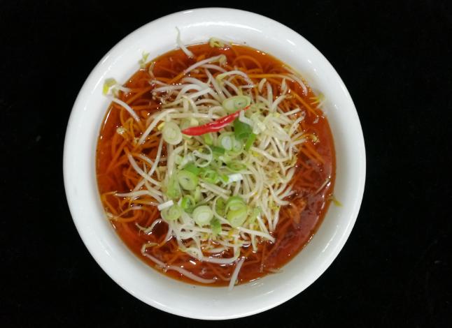 制作襄阳贝博下载网站不可少的一种配料红油辣椒制作