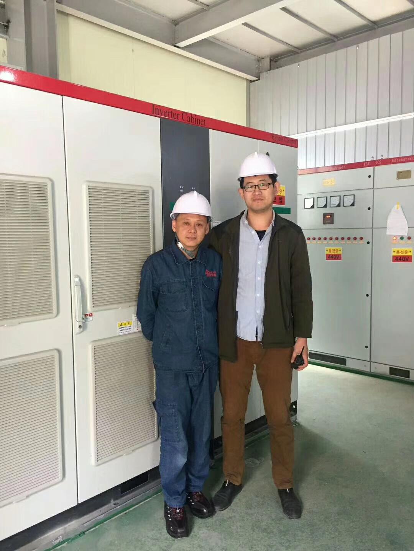 襄阳三子电气技术人员在韩国进行现场安装调试