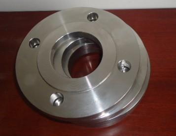 質量輕、強度好、美觀、耐腐蝕是鋁法蘭的優點