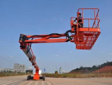 襄阳出租高空作业车的液压升降平台有什么关键点设计方案