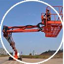 曲臂式高空作业车的分类和用途_湖北举高高工程机械