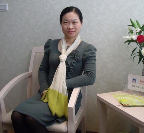 襄阳心理咨询中心讲师团团长—刘培兰