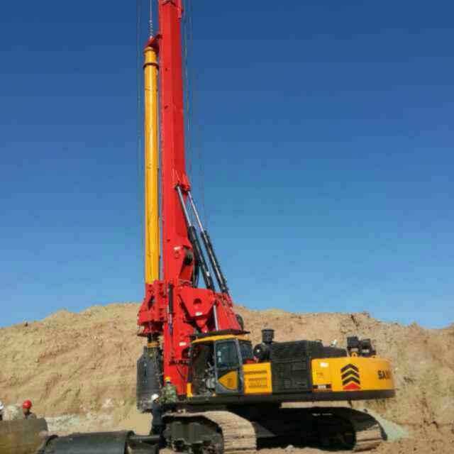 中联旋挖钻机维修站浅析旋挖钻机施工巧遇岩溶临危不惧