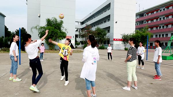 襄阳星旺学校校园球场