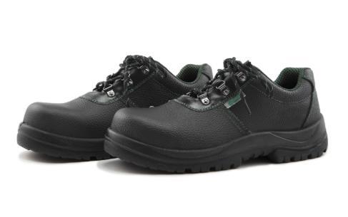 基本款保护足趾防刺穿安全鞋