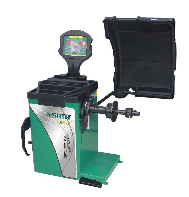 AE2015 精准型轮胎平衡机