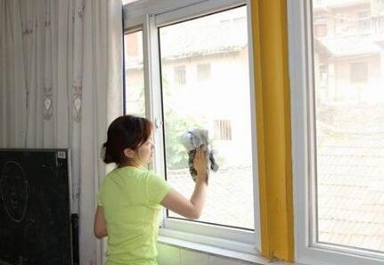 咸陽擦玻璃