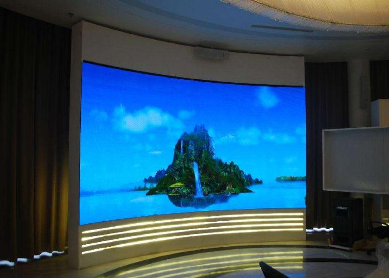 做好LED显示屏的散热有利于提高LED显示屏使用寿命的功效