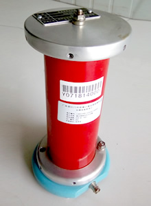 全屏蔽式±10kV高压直流电压分压器