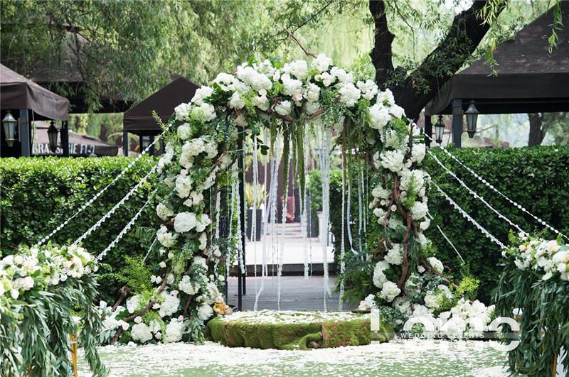 咸阳婚礼鲜花拱门
