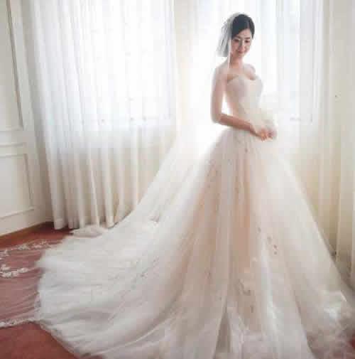 咸阳抹胸式婚纱