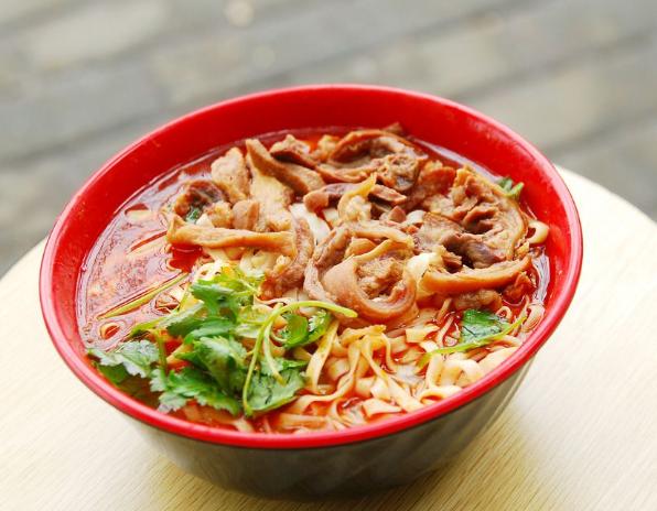 開襄陽牛肉面館購買辣椒面時要注意什么?