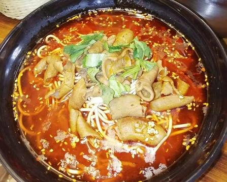 襄阳牛杂面技术早已成为当地特色美食之一