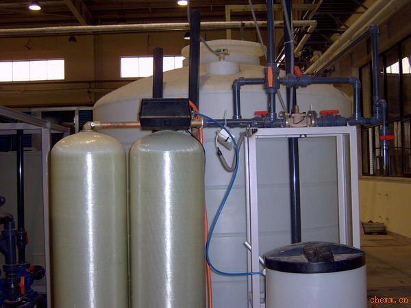 浅谈车用尿素设备早在欧洲便开始使用以及车用尿素是柴油机专用还原剂是怎样的