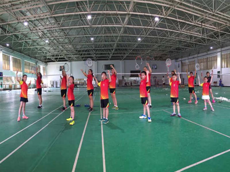 青少年羽毛球培訓