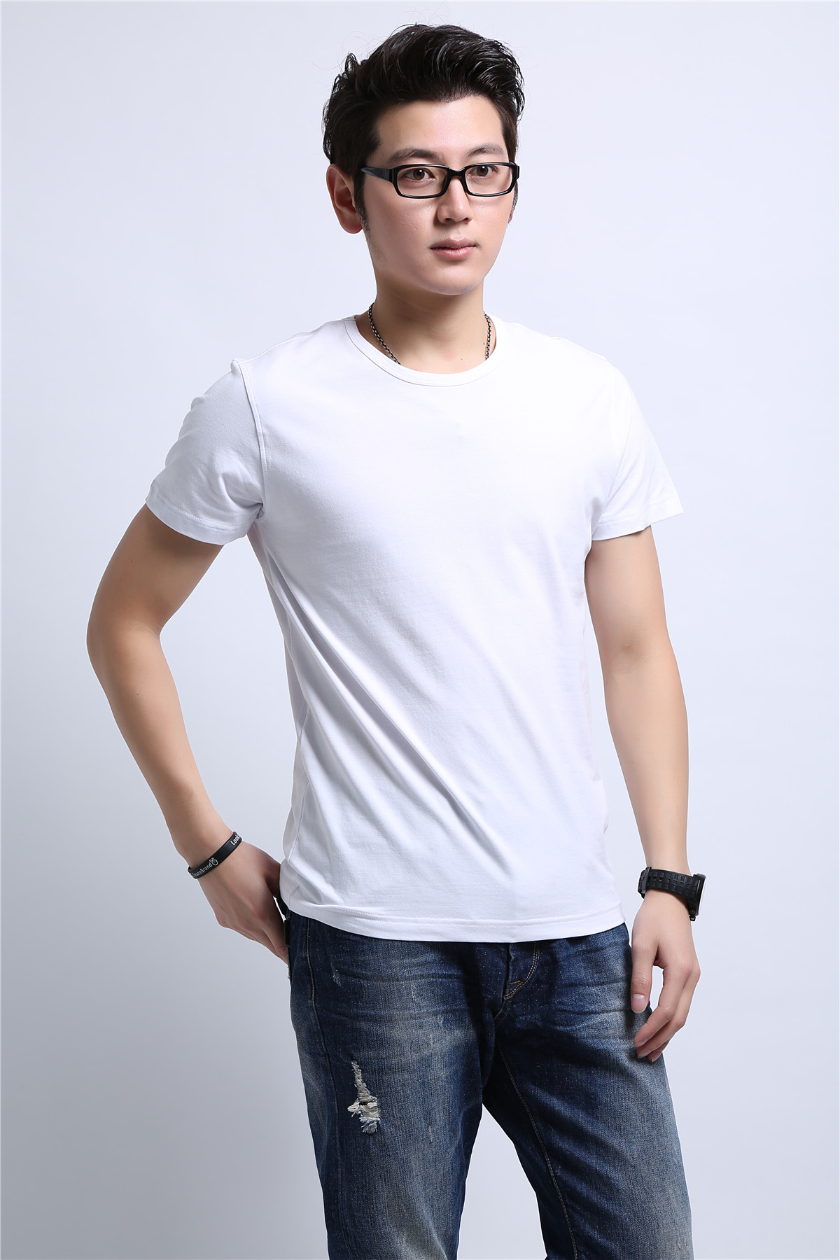 男士白色T恤衫定制
