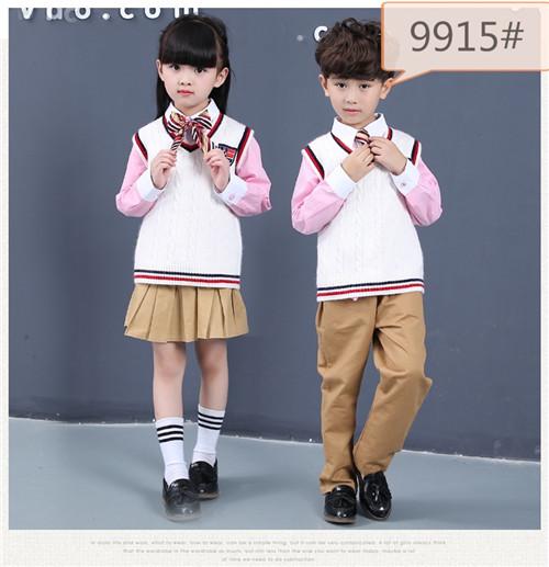 北京定制校服讓內在美與外在美的和諧統一