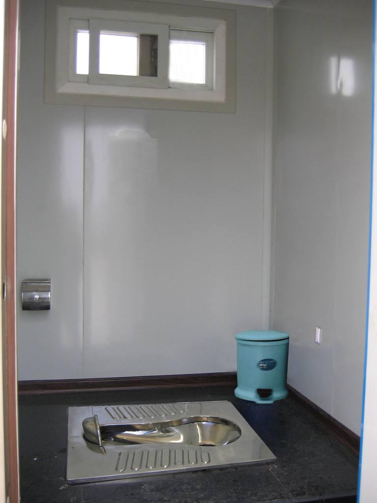 成品移动厕所
