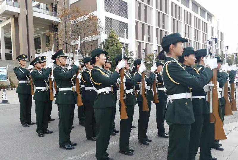 國旗護衛隊列隊