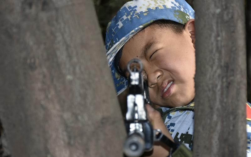 夏令营枪支训练