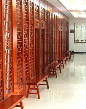 中医馆走廊