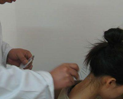 针灸推拿治疗肩周炎