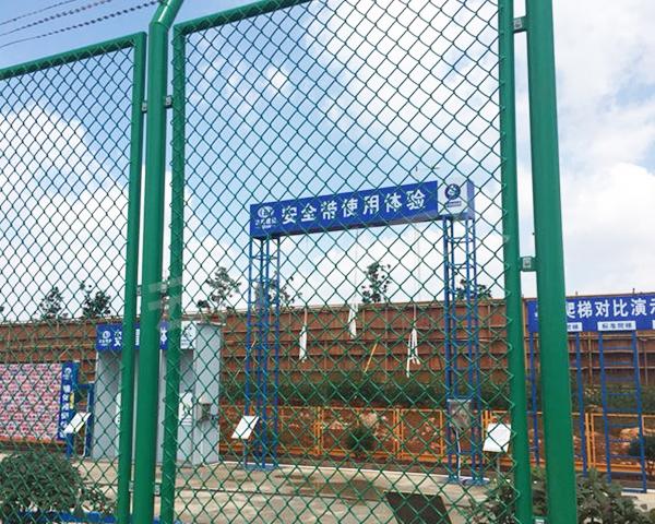 球场勾花围栏网