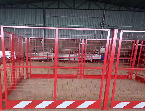 塔吊安全保护装置-「塔吊护栏围栏网」