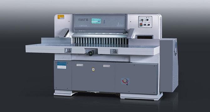 山西/山东切纸机的操纵时的规范流程