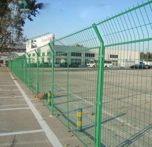 云南防护网厂家介绍边坡柔性防护网安装步骤: