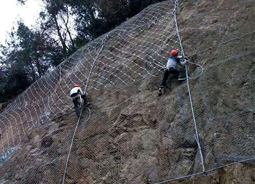 云南边坡防护网材料质量要求怎么样?