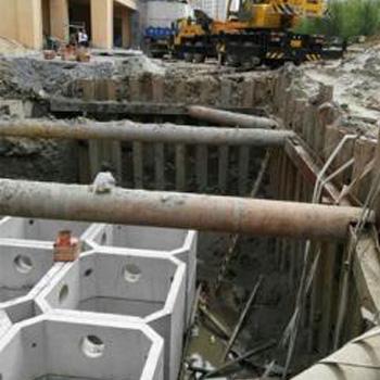 现浇钢筋混凝土化粪池