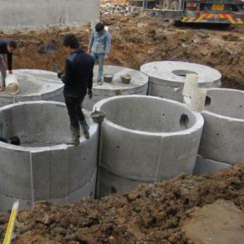 整体钢筋混凝土化粪池