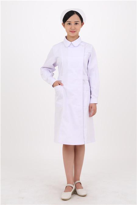 """医生为什么要穿""""白大褂""""?你真的知道吗?"""