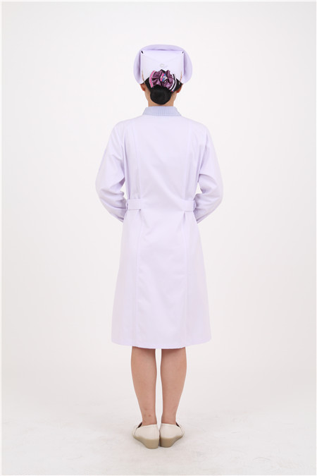 沈阳医护服装定制告诉你手术室医护人员的服装为什么是绿色?