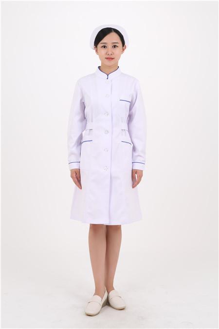 沈阳医护服装定制教你一次性使用手术衣的正确穿法