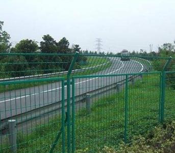 怎么避免柔性防护网在施工前出现损坏问题
