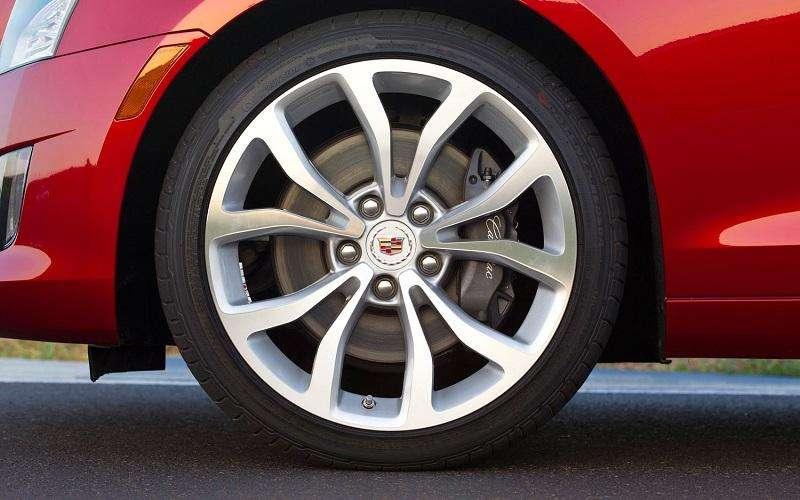 汽车模具设计公司谈汽车轮胎生产
