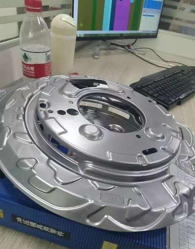 汽车冲压模具设计团队