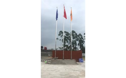 福州市長樂宮前特大橋電動旗桿