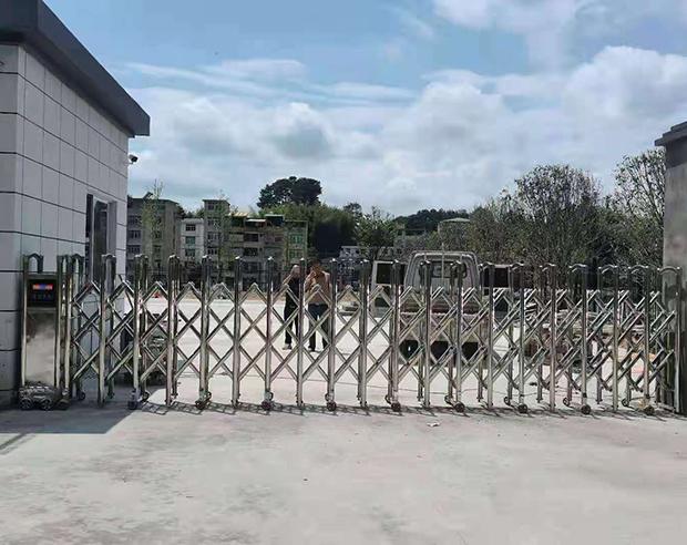 永泰縣大洋人民法 院不銹鋼伸縮門