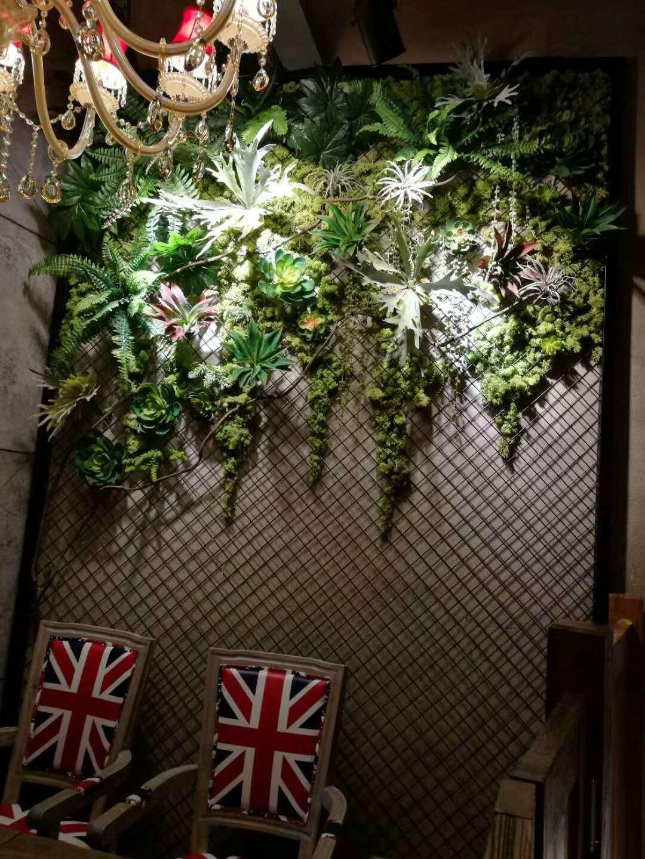 绿植墙餐厅
